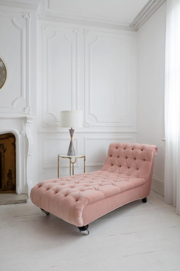 welurowa sofa
