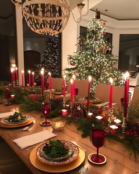 Jak udekorować stół wigilijny? 10 pomysłów na Boże Narodzenie 2019